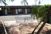 Nicholas Royal Motel Hay NSW Seating Area